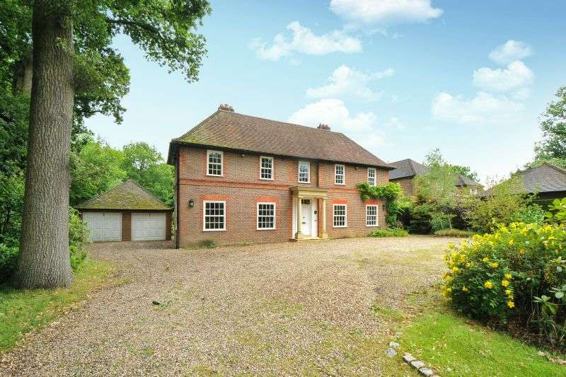 6 Bedrooms Detached House for sale in Linksway, Northwood