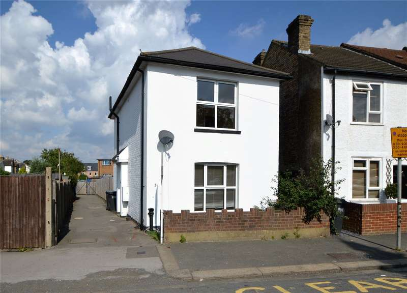 3 Bedrooms Detached House for sale in Rolleston Road, South Croydon