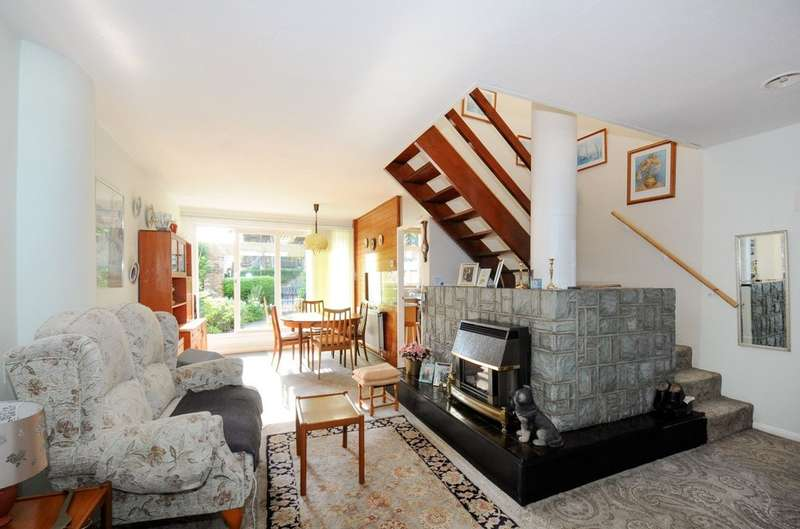 3 Bedrooms Terraced House for sale in Combe Avenue, Blackheath, SE3