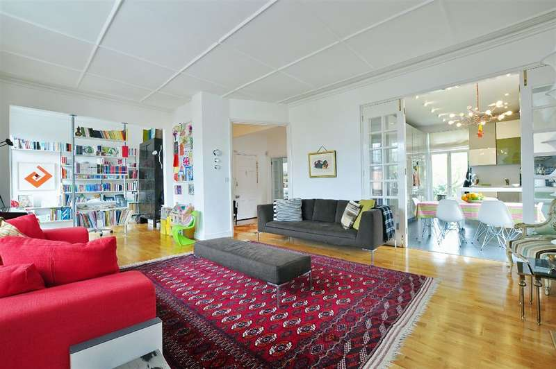 4 Bedrooms Property for sale in Hampstead Hill Gardens, Hampstead, NW3
