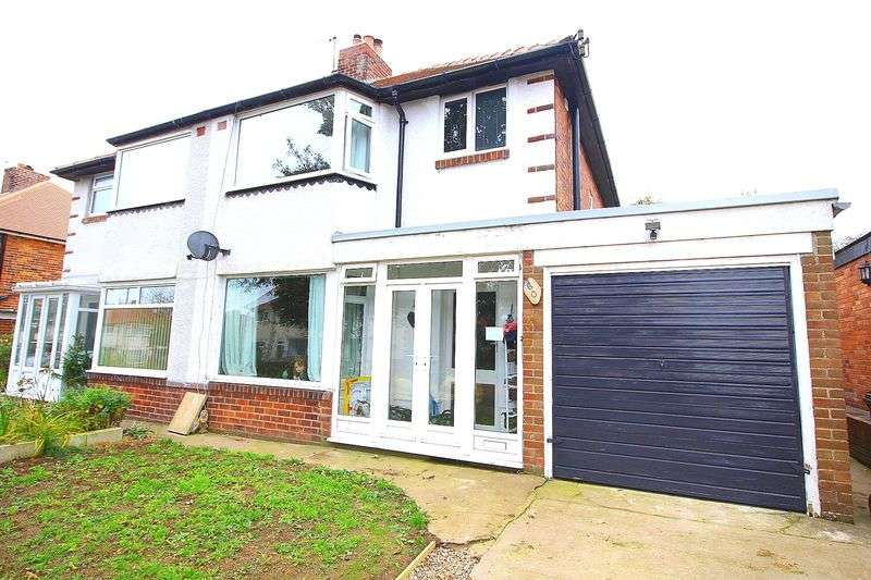 3 Bedrooms Semi Detached House for sale in Newlands Park Crescent, Scarborough