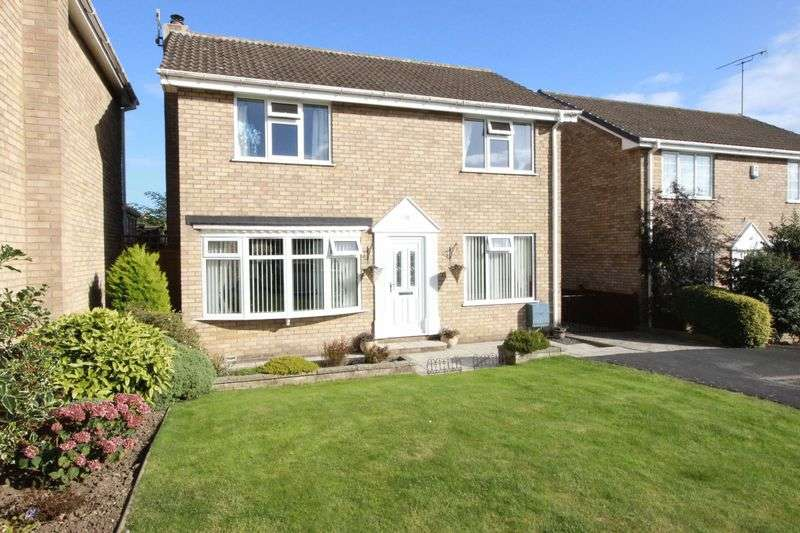 4 Bedrooms Detached House for sale in Shelton Avenue, East Ayton