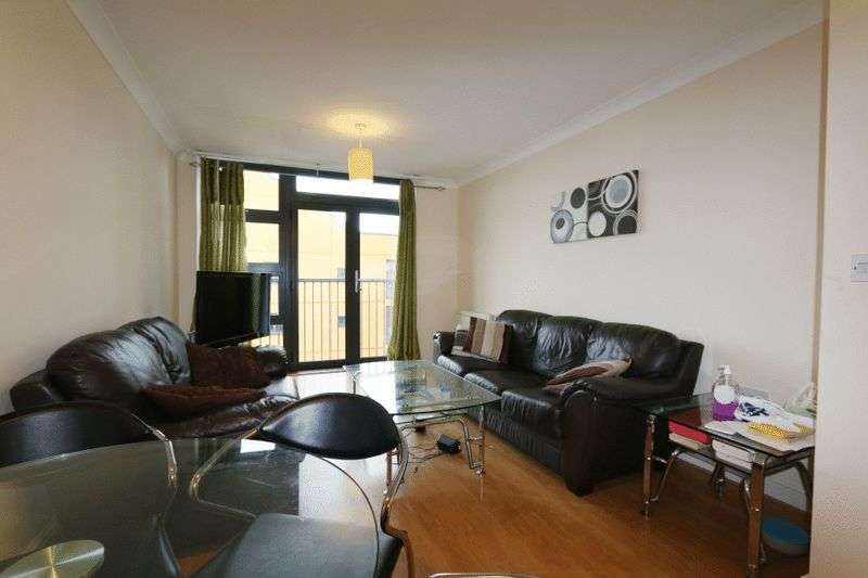 1 Bedroom Flat for sale in Maltings Close, London, E3