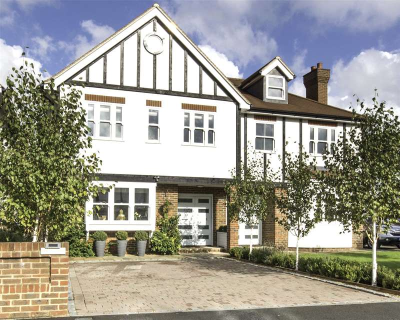 4 Bedrooms Semi Detached House for sale in Avondale Avenue, Esher, Surrey, KT10