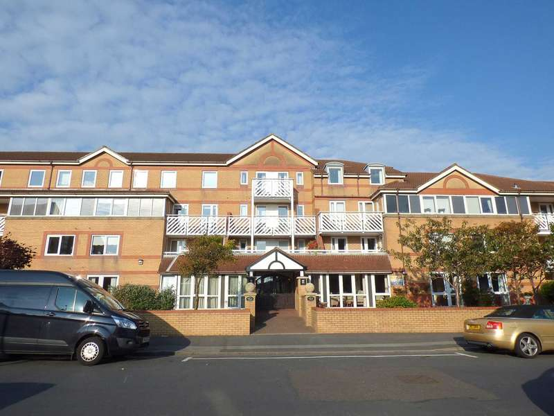 2 Bedrooms Retirement Property for sale in Poplar Court, Kings Road, St Annes