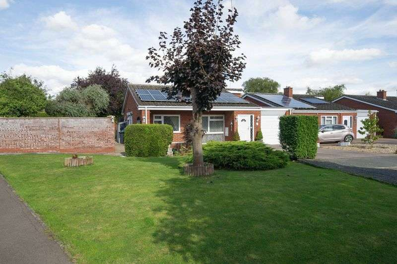 3 Bedrooms Detached Bungalow for sale in Great Staughton, St. Neots