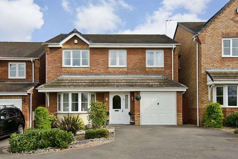4 Bedrooms Detached House for sale in Strauss Drive, Heath Hayes, Cannock