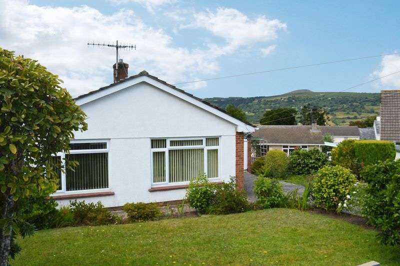 2 Bedrooms Detached Bungalow for sale in Govilon, Abergavenny