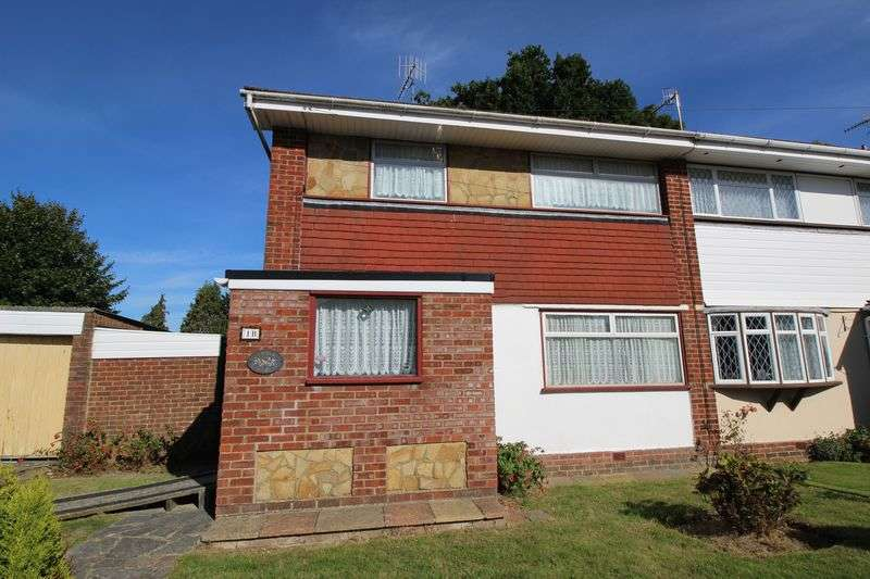 3 Bedrooms Terraced House for sale in Pound Hill, Crawley