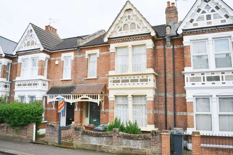 3 Bedrooms Terraced House for sale in Vincent Road, Highams Park