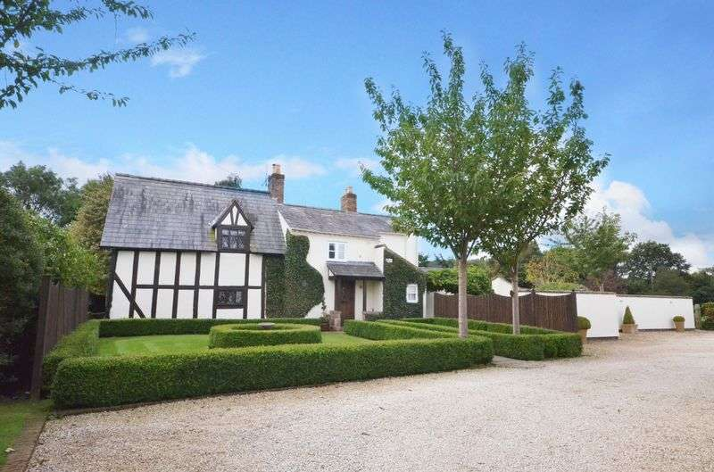 5 Bedrooms Detached House for sale in Whitchurch Road, Spurstow, Tarporley