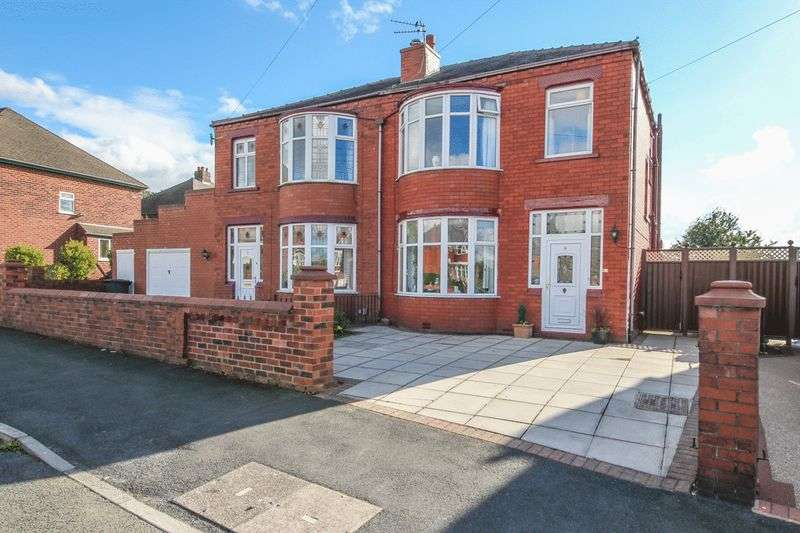 3 Bedrooms Semi Detached House for sale in Lynton Avenue, Springfield