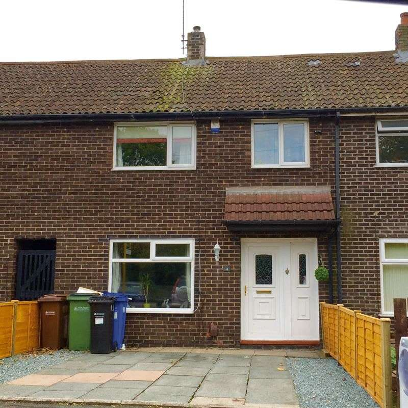 3 Bedrooms Terraced House for sale in Blackbrook Road, Stockport