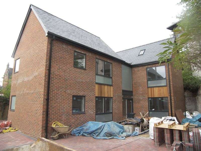 1 Bedroom Flat for sale in Bath Street, Abingdon
