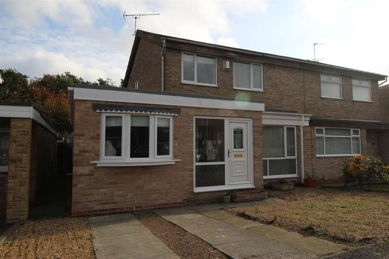 3 Bedrooms Semi Detached House for sale in Otley Close, Eastfield Green, Cramlington
