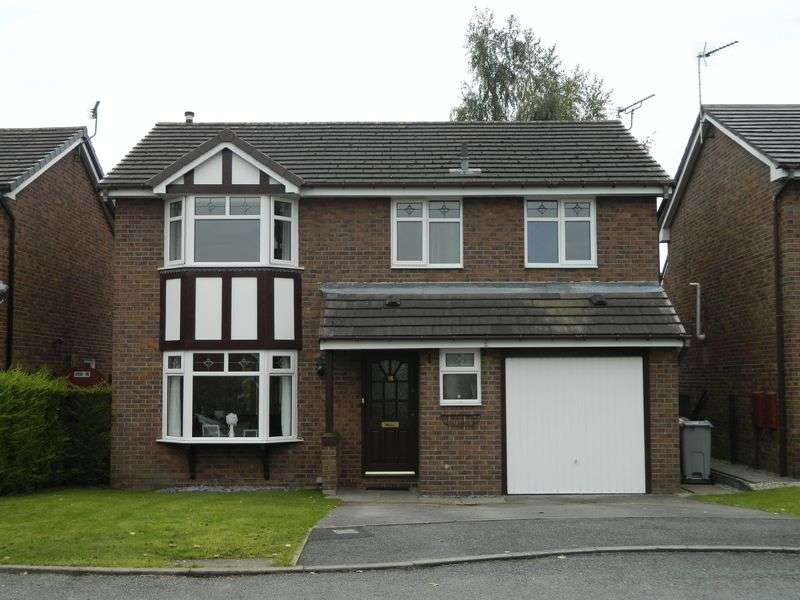 4 Bedrooms Detached House for sale in Delamere Close, Sandbach