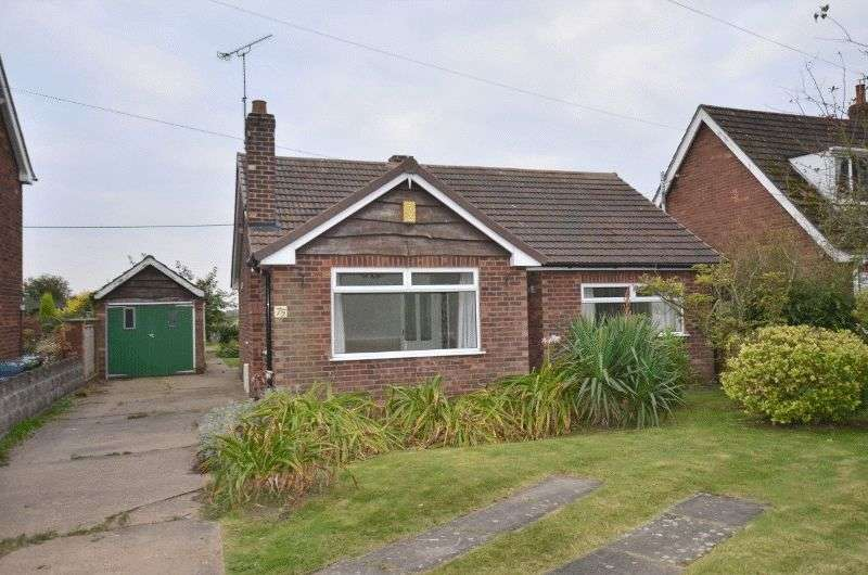 3 Bedrooms Detached Bungalow for sale in Gainsborough Road, Scotter, Gainsborough