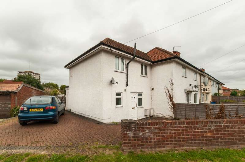 2 Bedrooms End Of Terrace House for sale in Hesa Road, Hayes, Middlesex, UB3