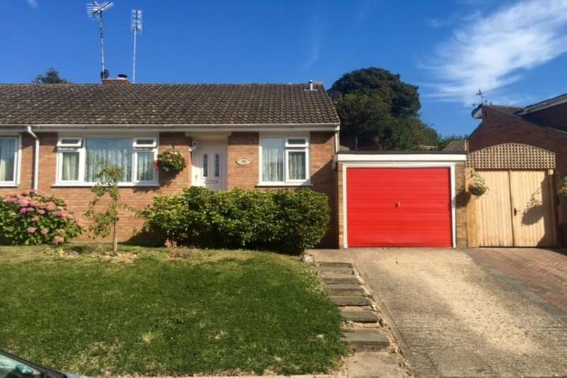 2 Bedrooms Semi Detached Bungalow for sale in The Knole, Faversham, ME13