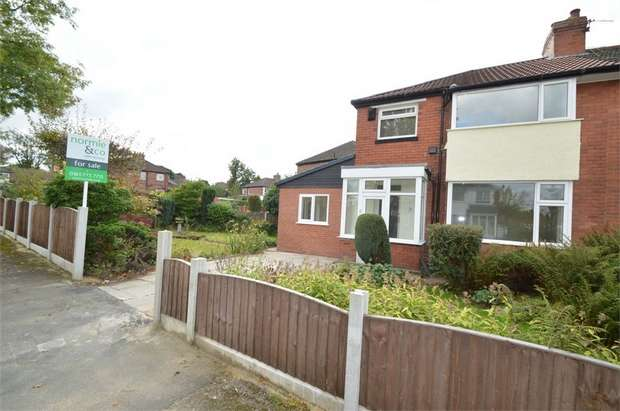 3 Bedrooms Semi Detached House for sale in Kenilworth Avenue, Whitefield, MANCHESTER, Lancashire