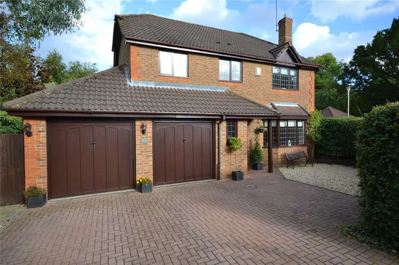 4 Bedrooms Detached House for sale in Matthews Chase, Temple Park, Binfield, Berkshire, RG42