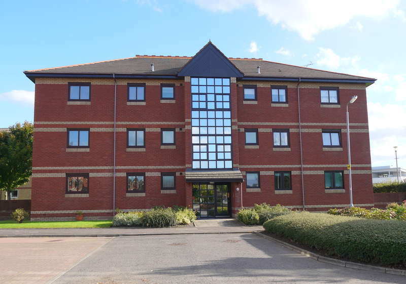2 Bedrooms Apartment Flat for sale in Monkton Court, Prestwick, KA9