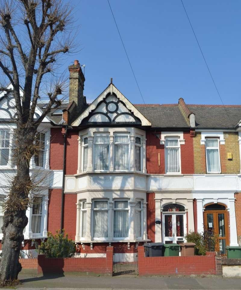 3 Bedrooms Terraced House for sale in James Lane, Leyton, London, E10 6HL