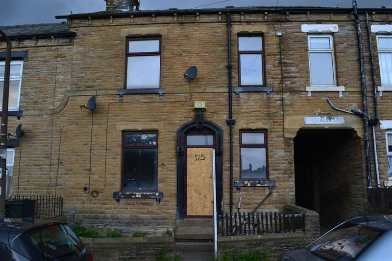 2 Bedrooms Terraced House for sale in Amberley Street, Bradford, BD3 8QT