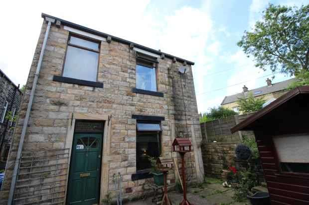 2 Bedrooms Detached House for sale in Holme House Yard, Littleborough, Lancashire, OL15 9QU