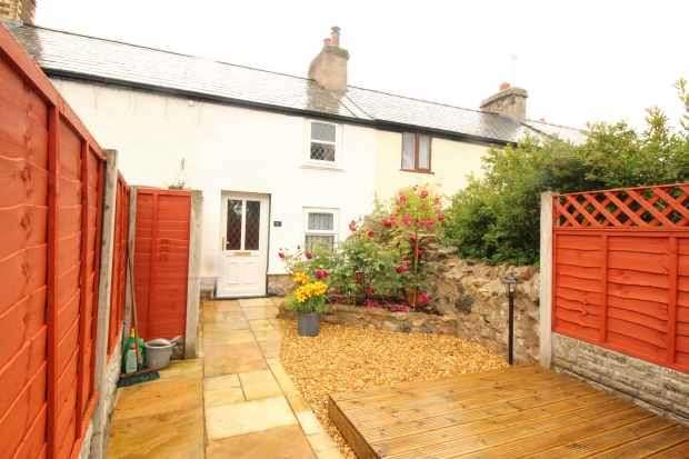 1 Bedroom Terraced House for sale in Pen Y Bryn, Colwyn Bay, Clwyd, LL29 9UU