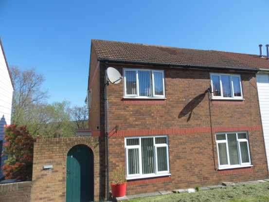 3 Bedrooms Semi Detached House for sale in Ty Fry, Aberdare, Mid Glamorgan, CF44 7PW