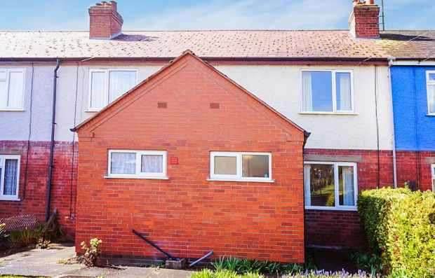 3 Bedrooms Terraced House for sale in Sandpits Avenue, Ludlow, Shropshire, SY8 1TA