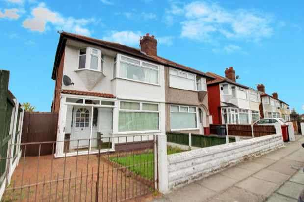 3 Bedrooms Semi Detached House for sale in Jeffereys Cresent,, Liverpool, Merseyside, L36 4JR