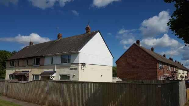 3 Bedrooms Property for sale in Chiltern Garden, Stanley, Durham, DH9 6QR