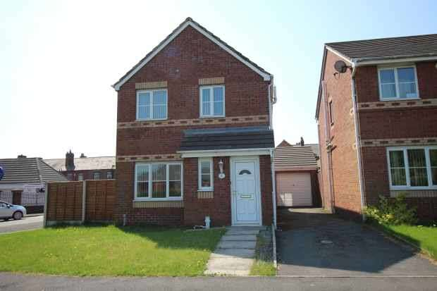 3 Bedrooms Detached House for sale in Rose Hill Avenue, Wigan, Lancashire, WN5 8AF