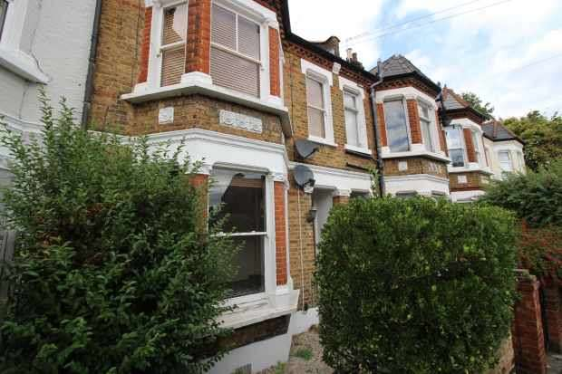 2 Bedrooms Ground Flat for sale in Rothschild Road, Chiswick, Greater London, W4 5NS