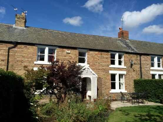 5 Bedrooms Terraced House for sale in First Row, Ashington, Northumberland, NE63 8ND