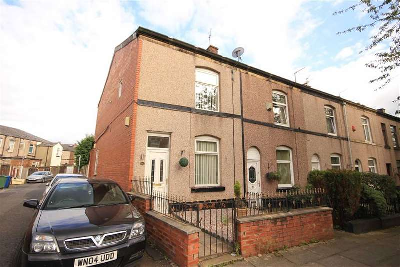 3 Bedrooms Property for sale in Back Lathom Street, Bury