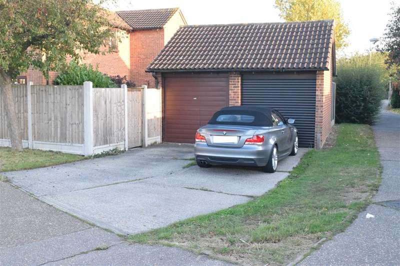 2 Bedrooms Semi Detached House for sale in Rembrandt Grove, Springfield, Chelmsford