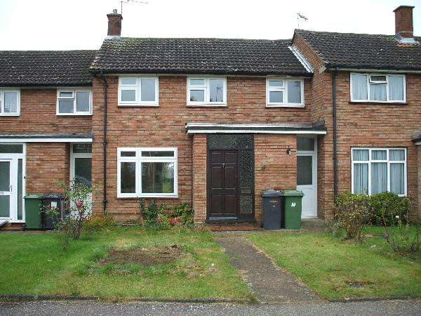 3 Bedrooms Terraced House for sale in Kenilworth Close, Borehamwood