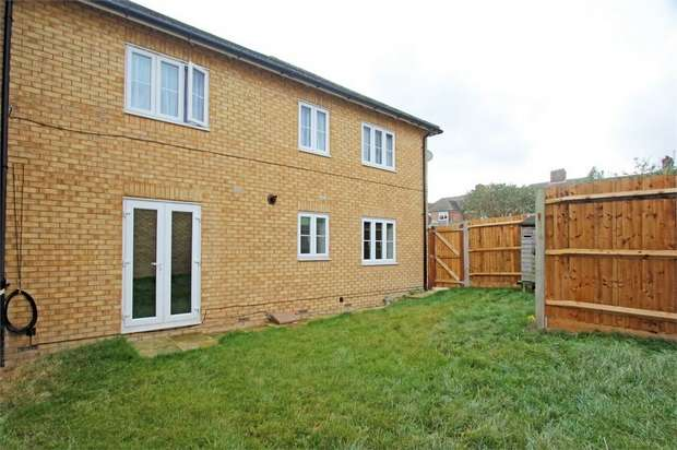 2 Bedrooms Flat for sale in Monarch Drive, Kemsley, Sittingbourne, Kent