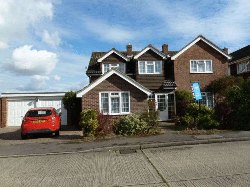 4 Bedrooms Detached House for sale in Kings Walk, Tollesbury