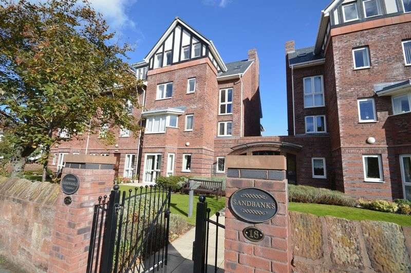 2 Bedrooms Flat for sale in The Kings Gap, Hoylake