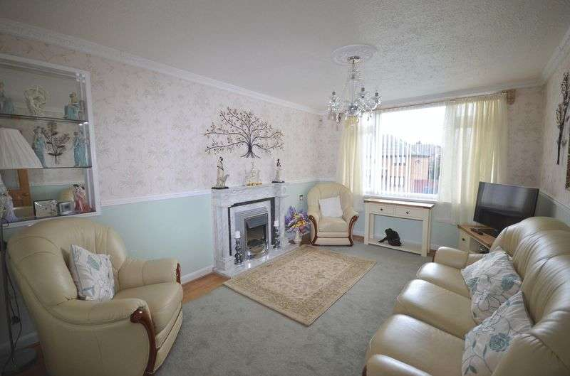 2 Bedrooms Flat for sale in Houghton Street, Widnes