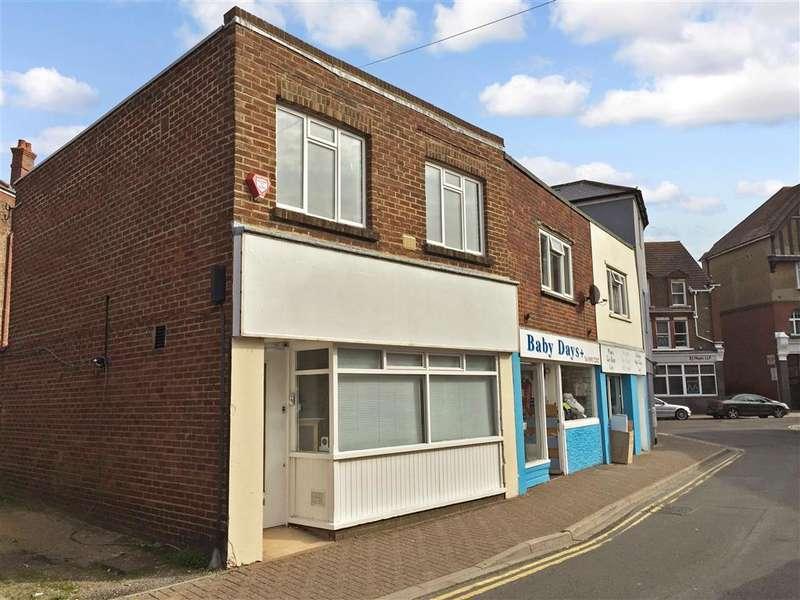 3 Bedrooms Link Detached House for sale in Arcade Road, Littlehampton, West Sussex