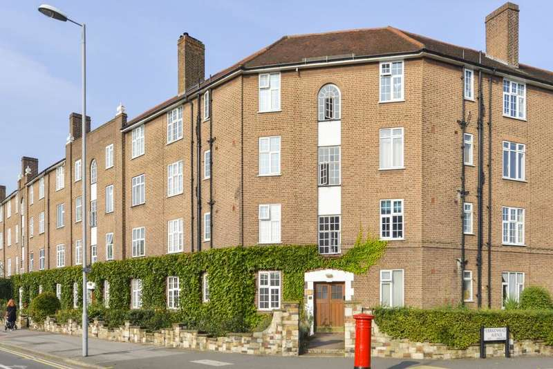 2 Bedrooms Flat for sale in Norbiton Hall, London Road, Kingston upon Thames, KT2