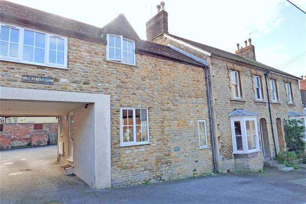 2 Bedrooms Cottage House for sale in Mill Street Close, Wincanton