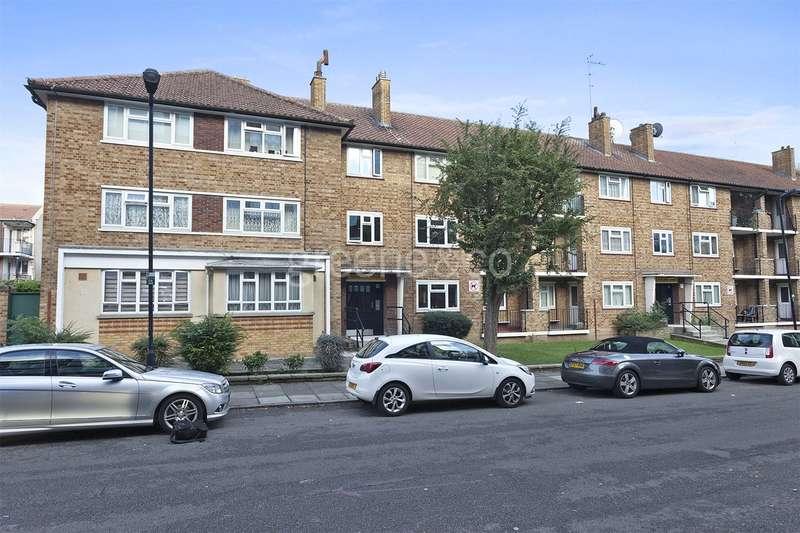 1 Bedroom Flat for sale in Goodwin Court, Campsbourne Road, London, N8