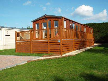2 Bedrooms Mobile Home for sale in Sidmouth Road, Rousdon, Lyme Regis