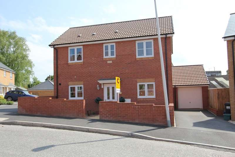 3 Bedrooms Detached House for sale in Thistle Close, Newton Abbot